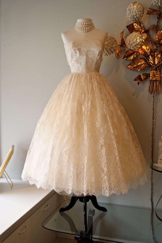 Vintage 50s Tea Length CUPCAKE Couture Wedding Dress