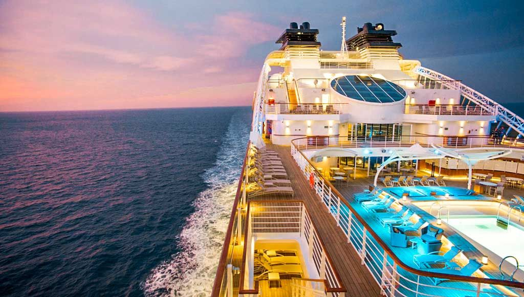 Most Luxurious Cruise Ships In The World 2020 Cruise Ship Luxury Cruise Ship Cruise