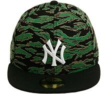 701a097e748 New Era 2Tone New York Yankees Fitted Hat - Tiger Camo