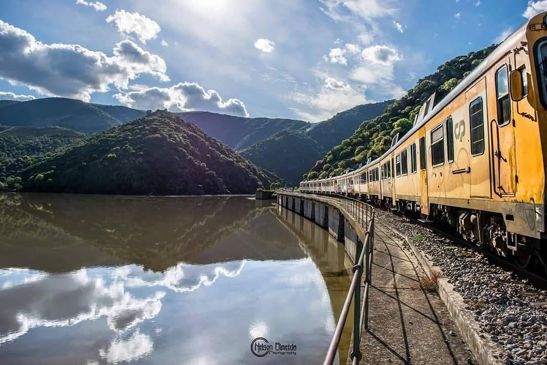 #train #trainline #clouds #dourolovers #ilovedouro #douro #montain #landscape #portugal #wonderfullworld #spring #nikonlovers #nikontop #nikon #river by nelson_almeida13