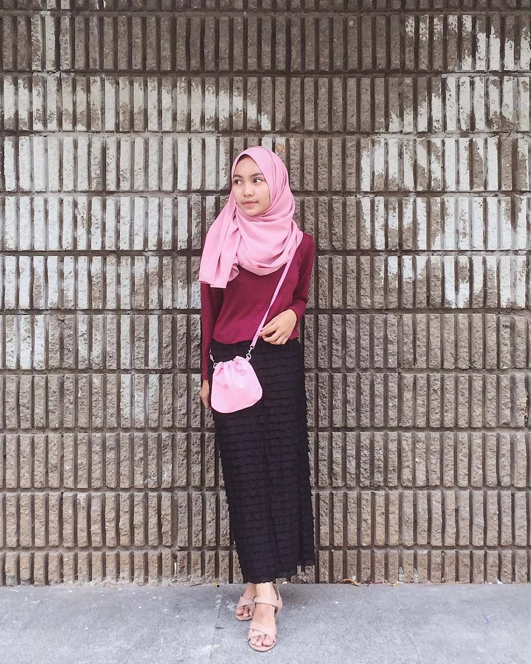 Inspiration Hijab Style Outfit of The Day (OOTD) 2018 ...