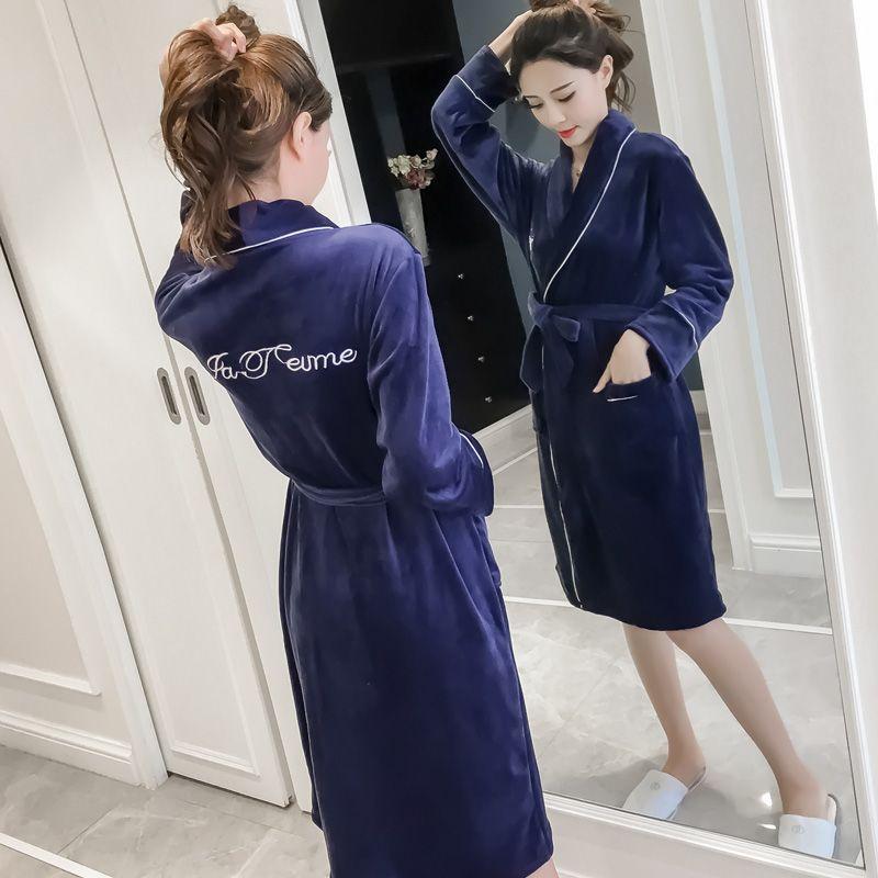 Ночная рубашка женский осень и зима фланель толстые теплые корейской версии  сексуальный серебро Лиса флис халат b6c155b4963
