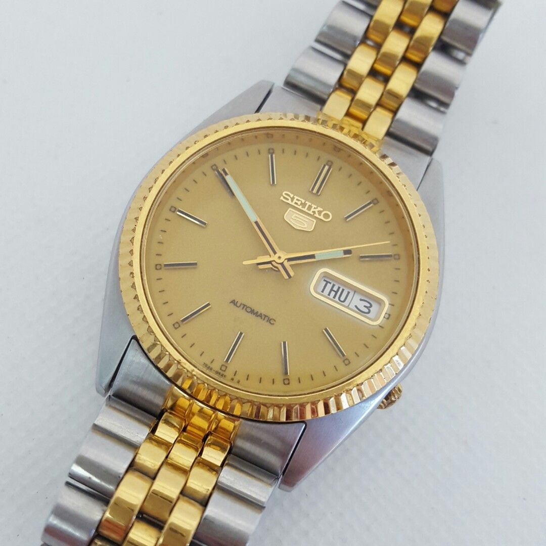 Seiko 5 Two Tone Day Date Automatic Men S Watch 7s26 3110 Men S Fashion Watches On Carousell