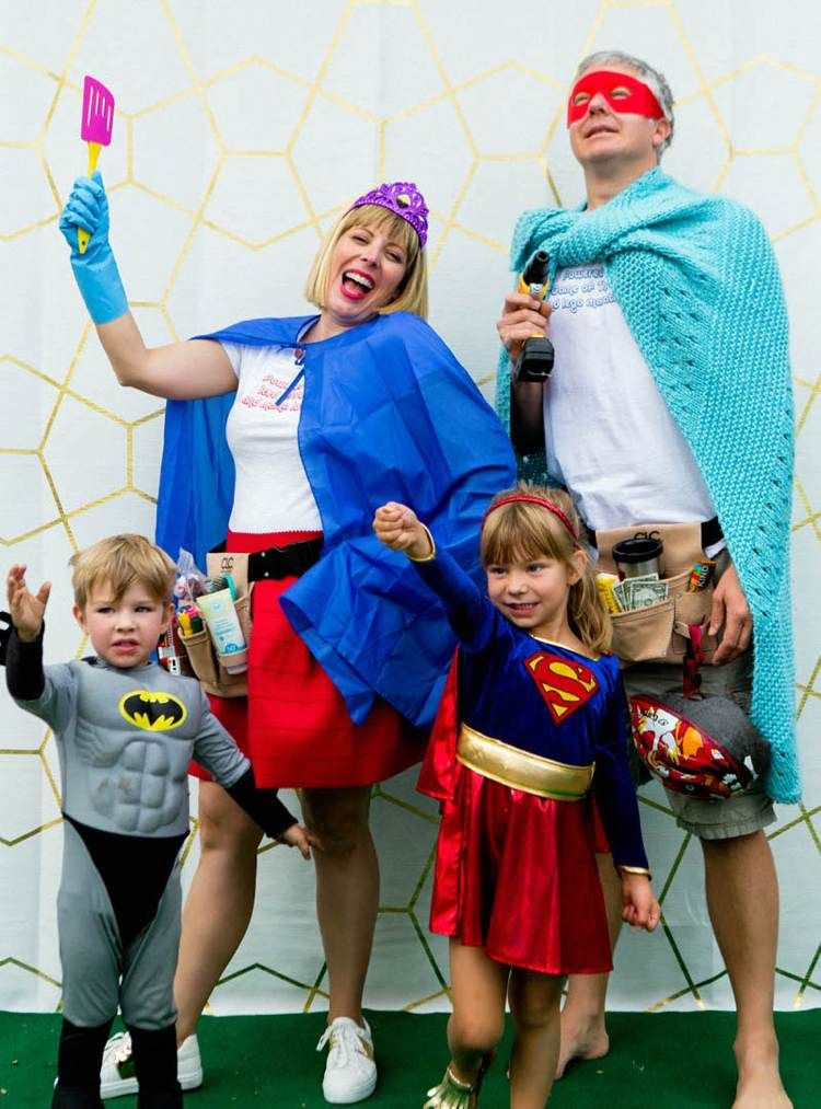 Family Halloween Costume Superhero Family with Super Mom and Super Dad - Fabulistas  sc 1 st  Pinterest & witzige Superhelden Kostüme für die ganze Familie | karneval | Pinterest