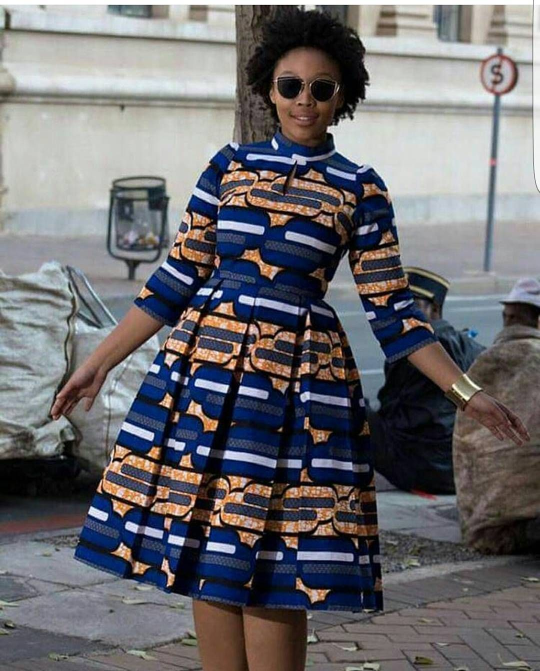 "AnkaraCatalogue on Instagram: ""Comfy and decent!!! #ankaracatalogue #africanfabrics #buynigeria #buyafrican #africanprint #ankaraswag"""