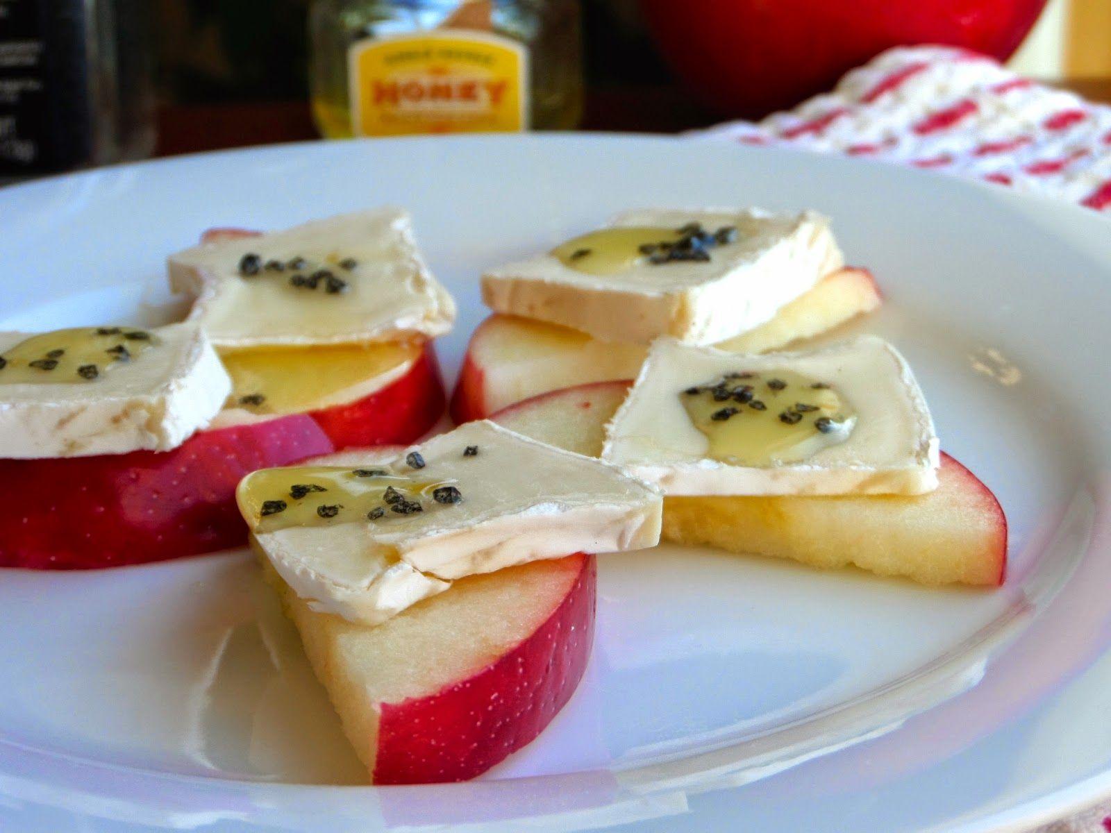 Foodie: in Minnesota: Apple, Brie & Honey Bites {Simple + Elegant Party Food}