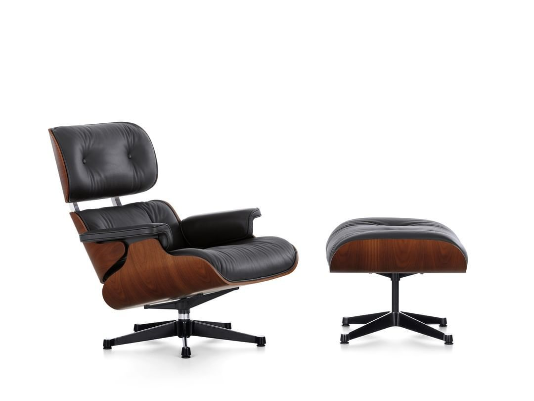 Vitra On Instagram The Lounge Chair By Charles And Ray Eames Combines Ultimate Comfort With The Highest Quality Materials And Crafts Vitra Lounge Chair Chair Ottoman Eames