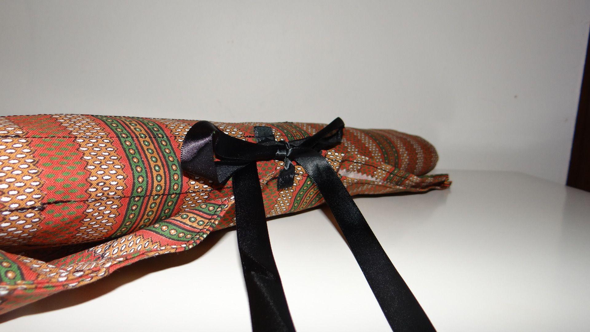 pochette aiguilles à tricoter et crochets / range aiguilles : marron et noir : Etuis, mini sacs par histoires-d-aiguilles