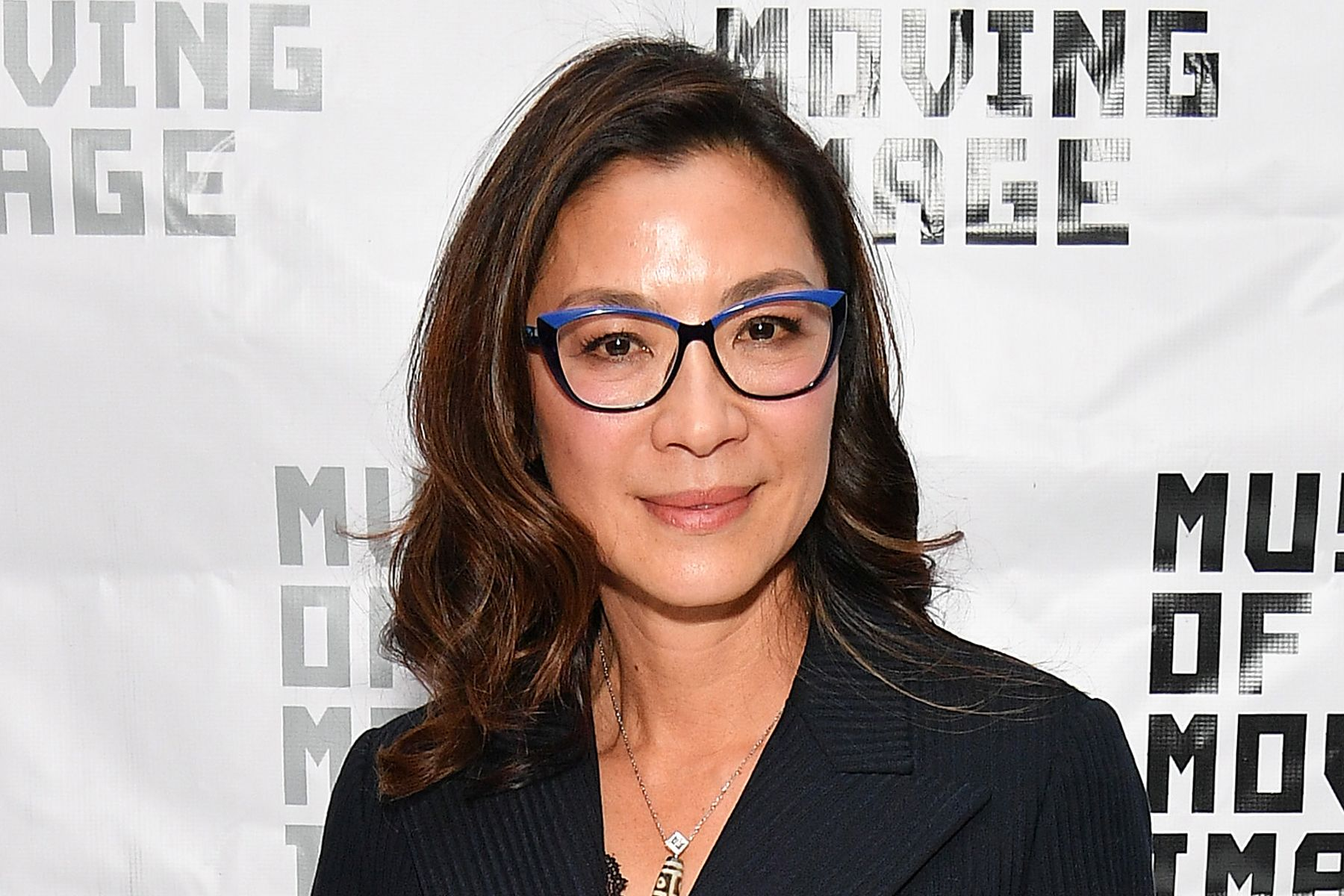 Hairstyles For Women Over 50 With Glasses Hairstyles With Glasses Long Face Hairstyles Glasses For Long Faces