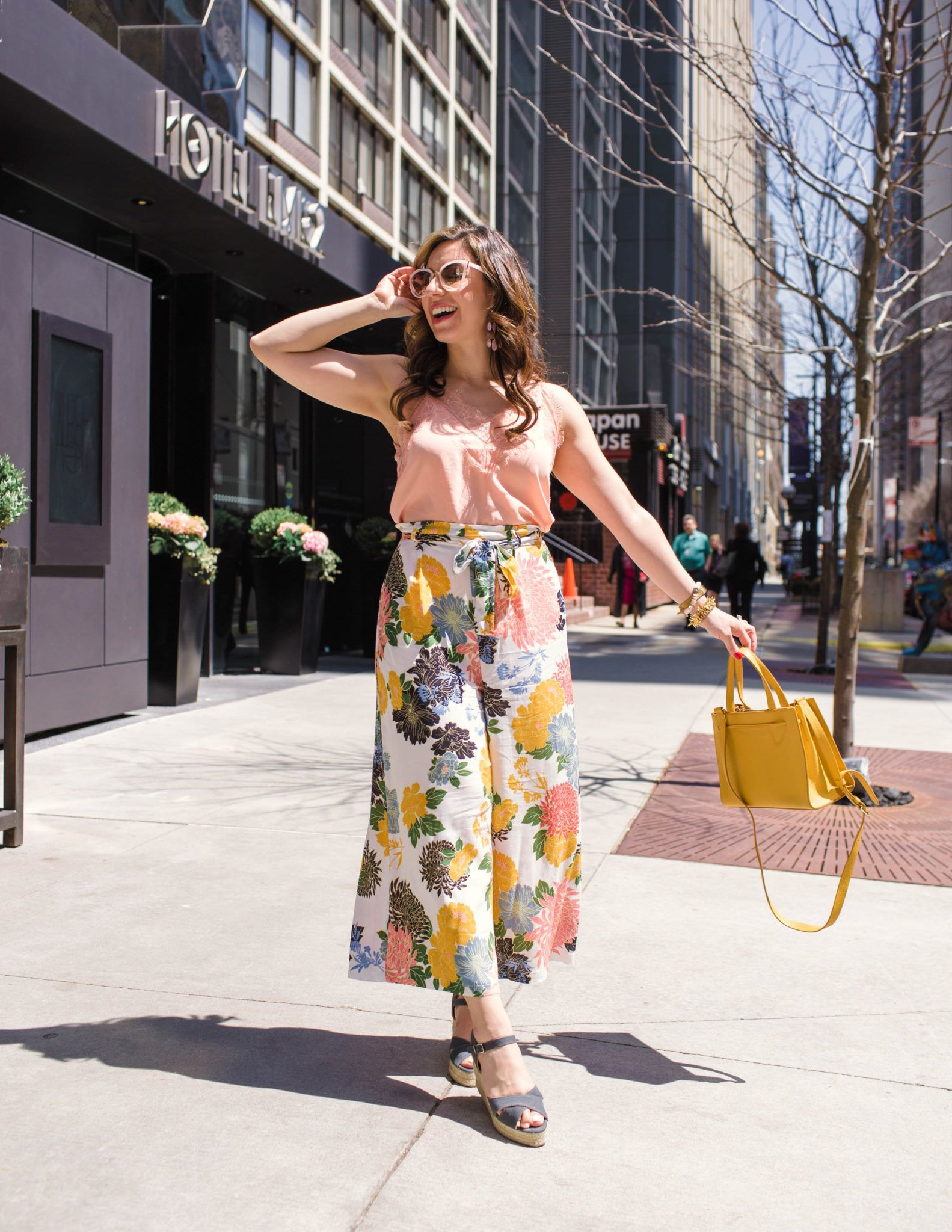 5eb6be727c Fancy Culottes Pants to Strut Your Stuff In   On Mondays We Link Up ( 64)  featured by popular Chicago fashion blogger