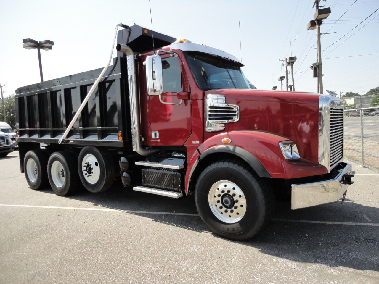 We have 163 freightliner dump trucks for sale lease search our listings for new used trucks updated daily from of dealers private sellers