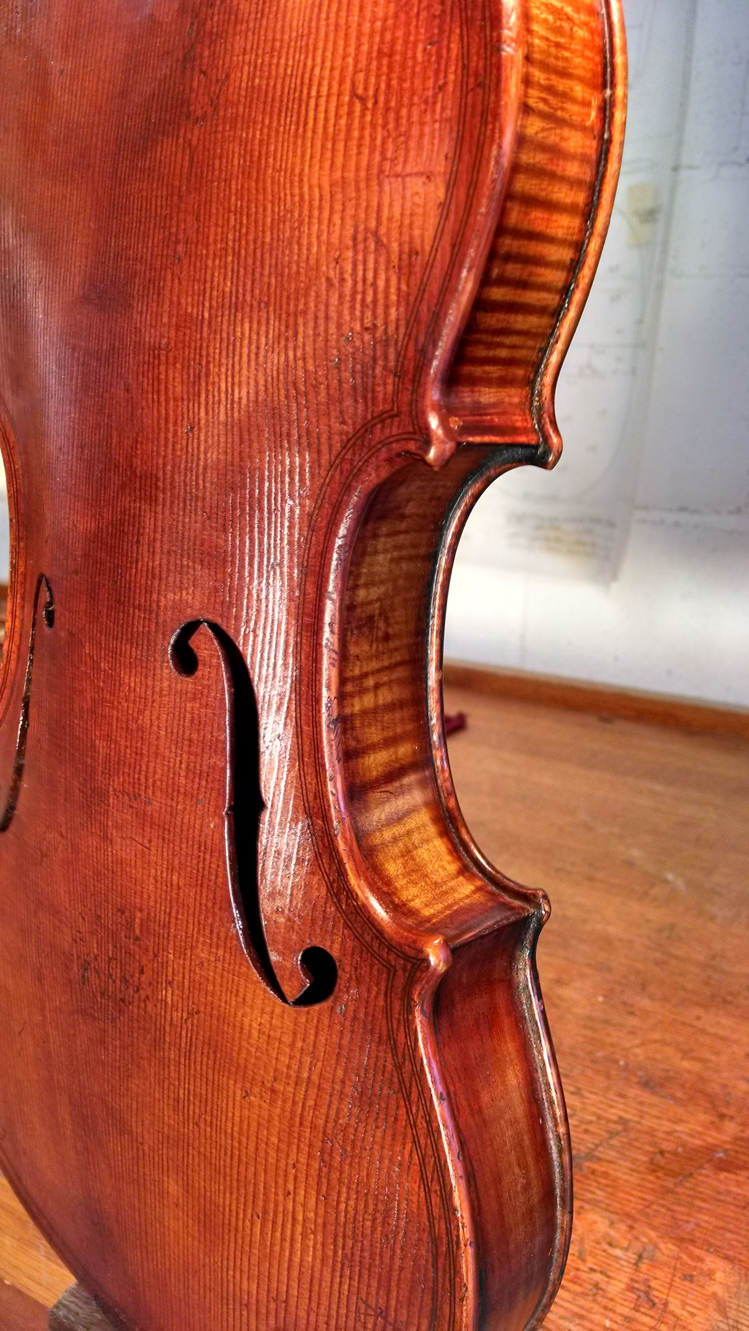 Old wood minerale interior of violin - The Maggini Violin After Matching The Varnish