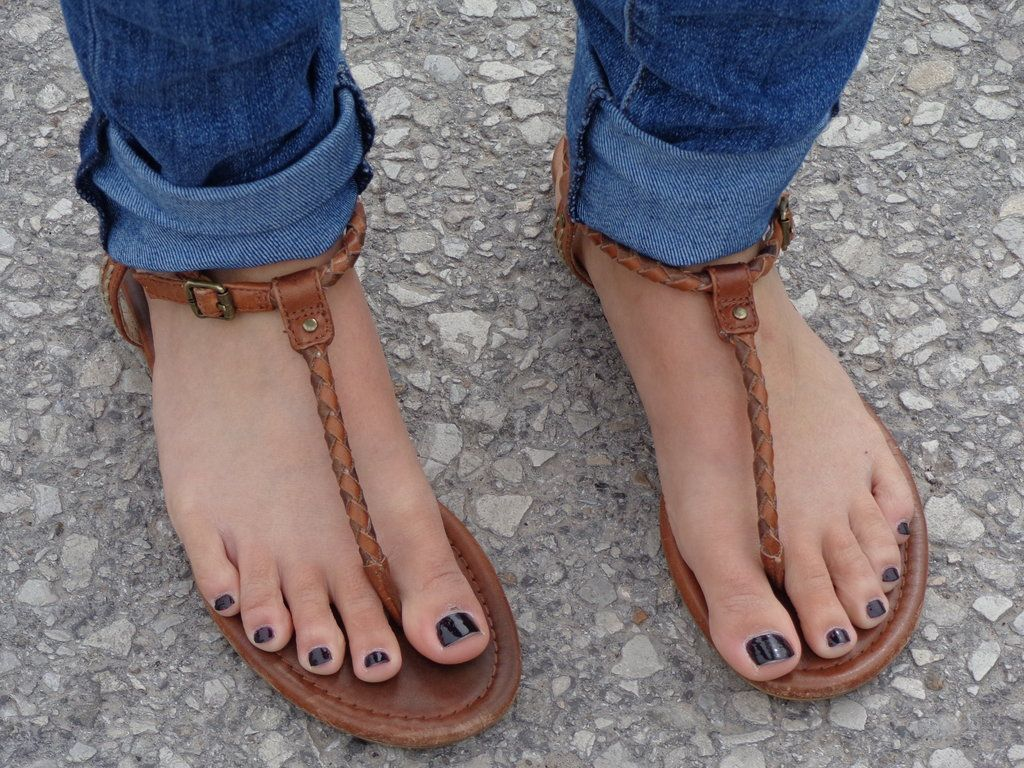 Cindi S Pretty Feet By Schizoknight12 On Deviantart