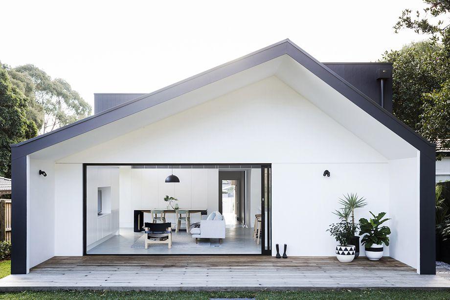 บ านโมเด ร นท โทนส ขาว ดำ White Exterior Houses Architect House House Designs Exterior