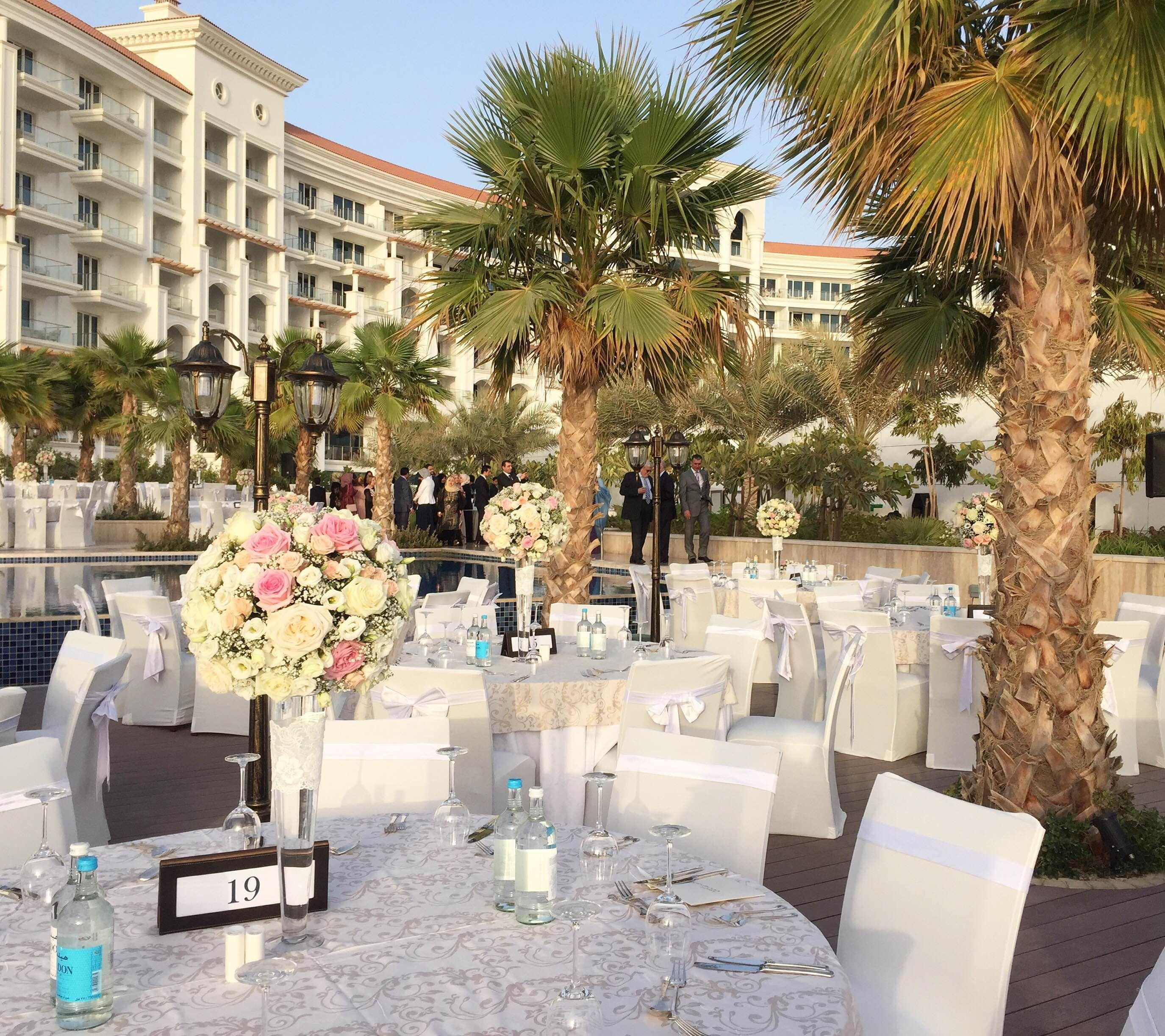 Roses Table Flower Centerpiece I Wedding Dubai I pink