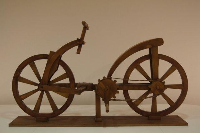 Bicicletta Leonardo Modello Artigianale Basato Sul Modello Di