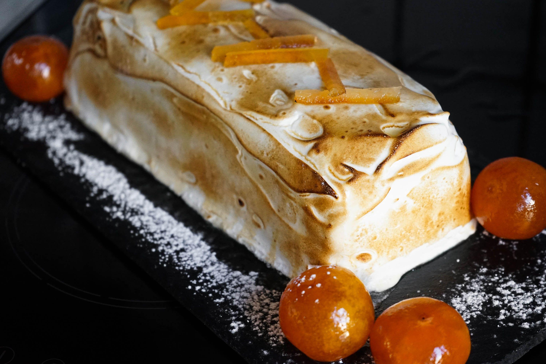 Bûche de noël glacée à la mandarine. La bûche de noël 2015 du Chef Simon.. La recette par Chef Simon.