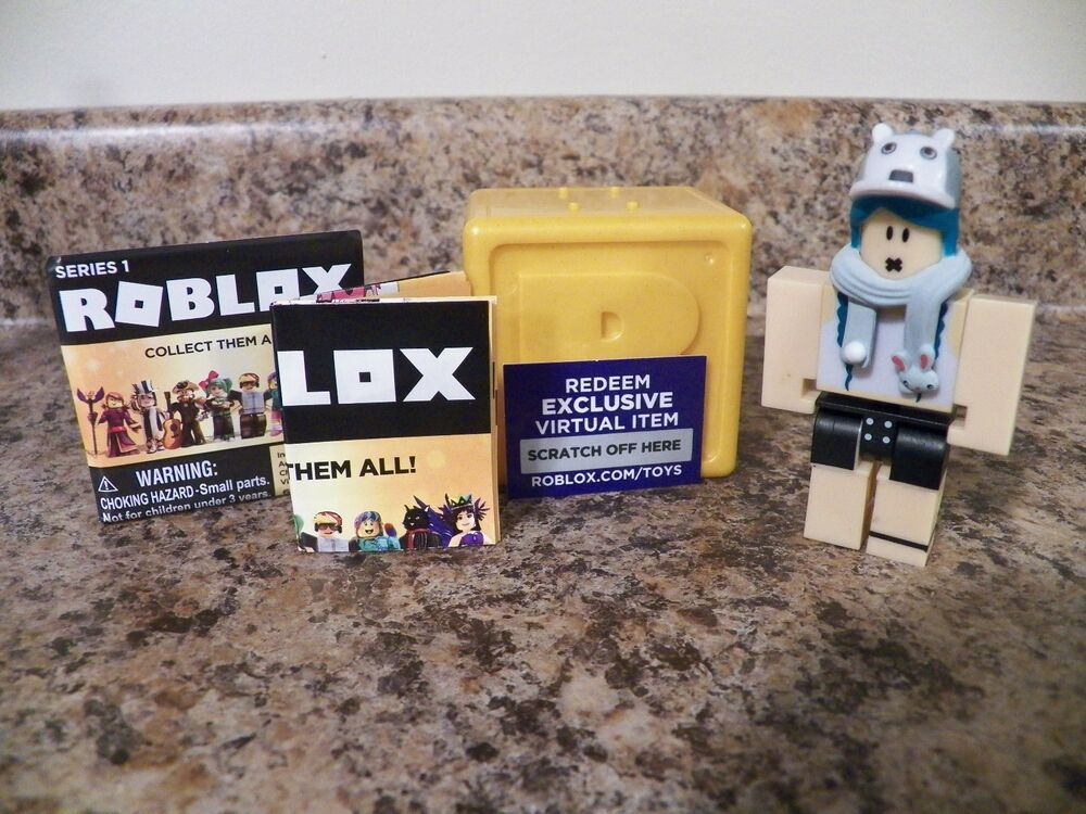 MeepCity Pet Seller ROBLOX Mini Figure w// Virtual Game Code Series 4 NEW