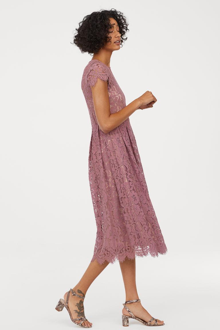 Wadenlanges Spitzenkleid Altrosa Ladies H M At Kleid Altrosa Spitzenkleid Kleider Fur Balle