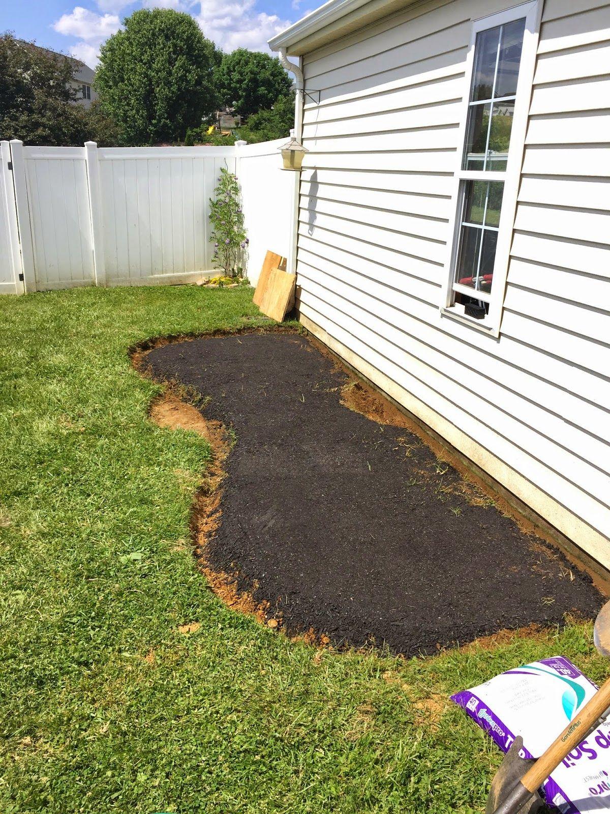 How to make a backyard putting green! {DIY putting green ... on Small Backyard Putting Green id=47187