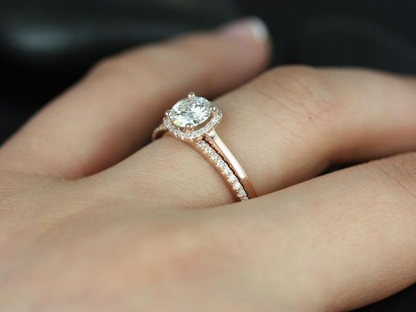 Engagement Ring Style Solitaire with Accents. Type Engagement & Band.  Special care : The Rose plating on this item can be effected by many  elements.