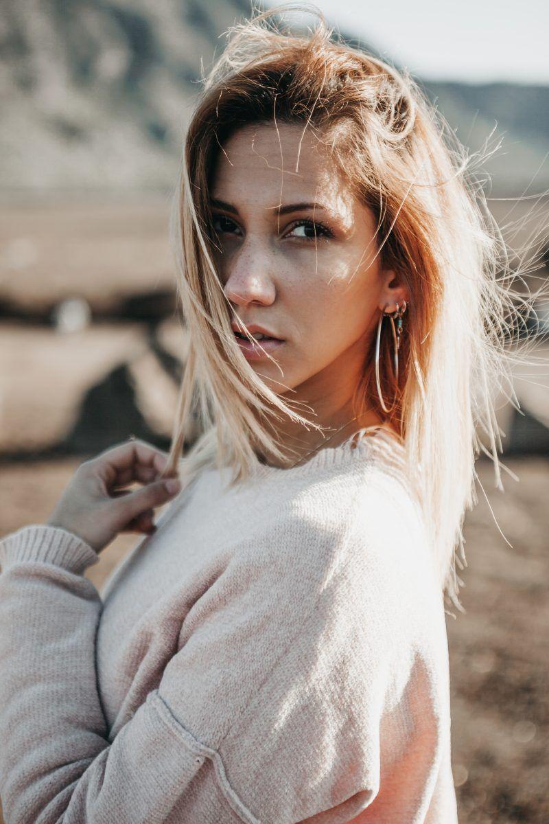 Google Pink Portrait Blonde Hair Looks Grow Long Hair