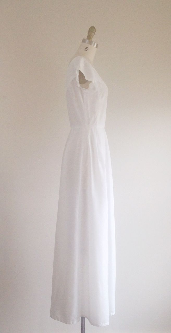 Simple White Cotton Wedding Dress - Best Shapewear for Wedding Dress ...