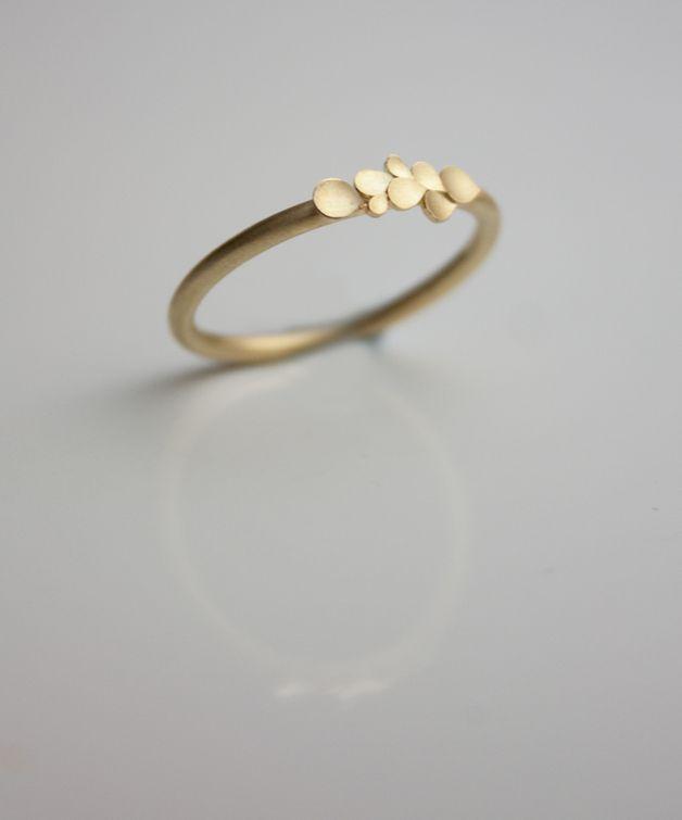 Verlobungsringe Dahlia 18ct Yellow Gold Ring Ein Designerstuck
