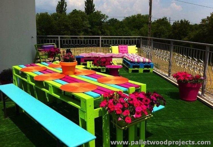 Paletten-Picknick-Tisch und Bänke | DIY-Paletten-2018 | Pinterest ...
