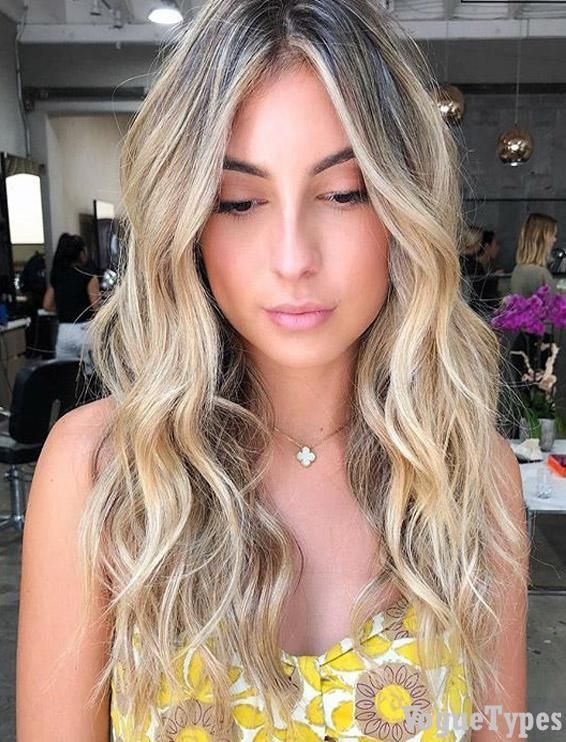 Pretty Blonde Wavy Hairstyle Shades For 2019 Are You Looking The Cutest Ideas Of Blonde Hairstyle For S Curly Hair Styles Square Face Hairstyles Hair Styles