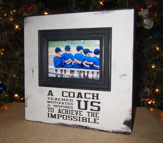 This Frame Measures 10 X 10 Inches With A 4 X 6 Inch Photo Opening The Wood Box Frame Is 1 1 2 Inches Thic Coach Gifts Painted Wooden Boxes Box Picture Frames