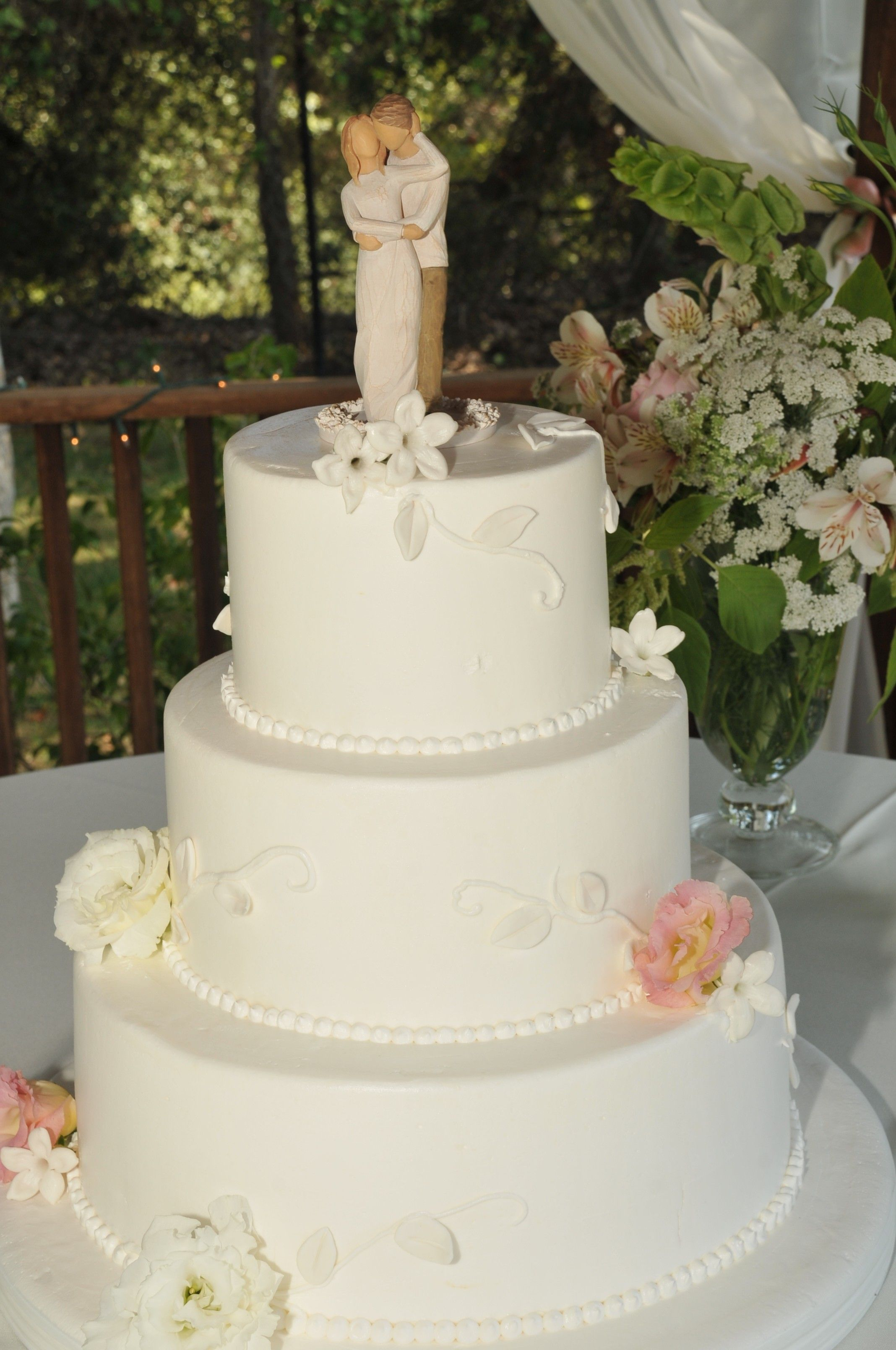 Simple Wedding Cake. Willow Tree Cake Topper. Frosting Vines With Real  Flowers.