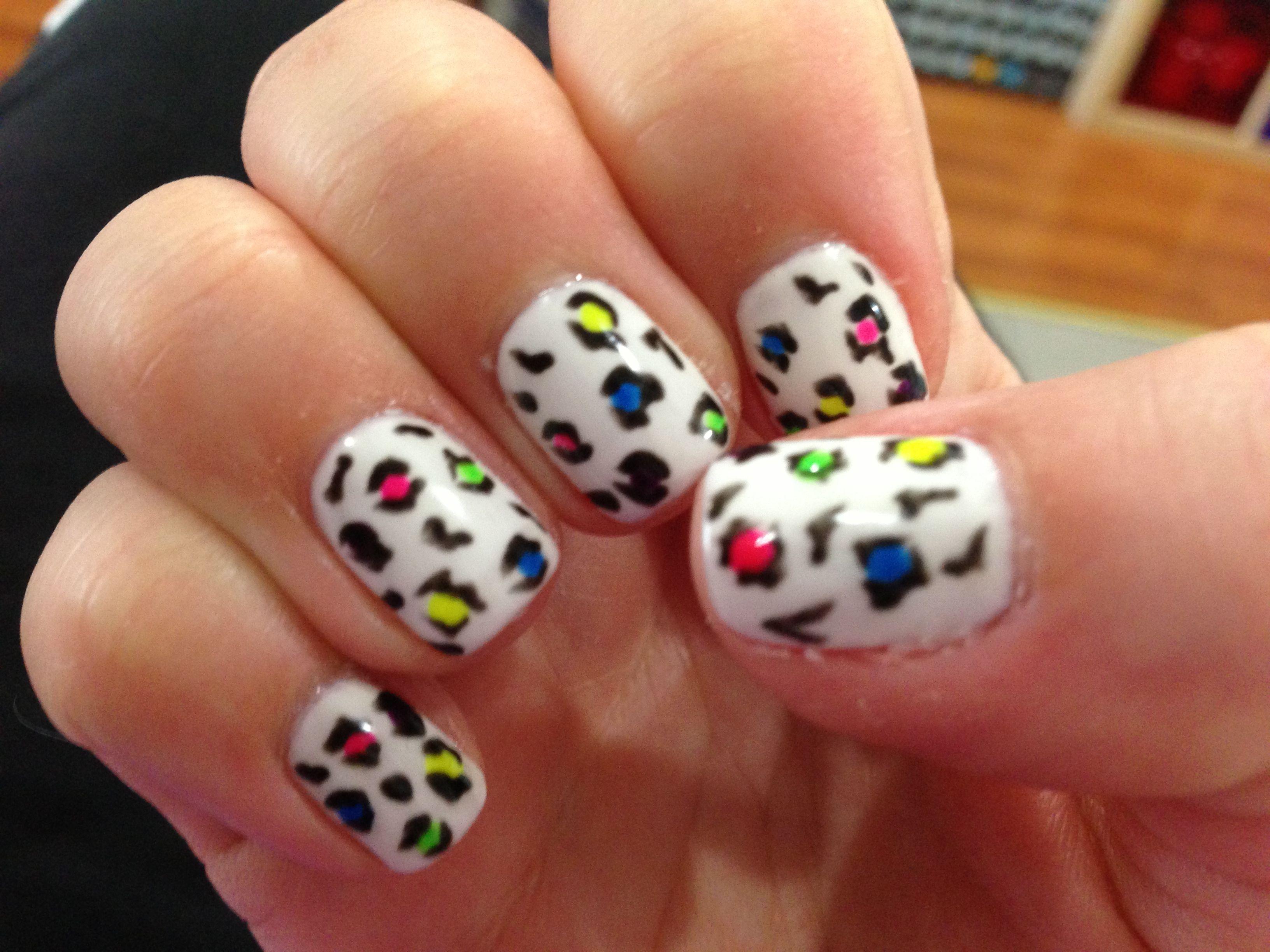Neon Leopard Nail Art Nails Pinterest Leopard Nail Art