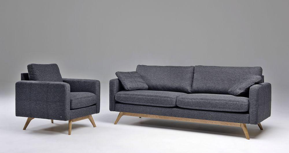 BD Möbelin Look-sohva, retrohenkinen suoralinjainen malli. Puujalat ja kauniit yksityiskohtaiset tikkaukset.
