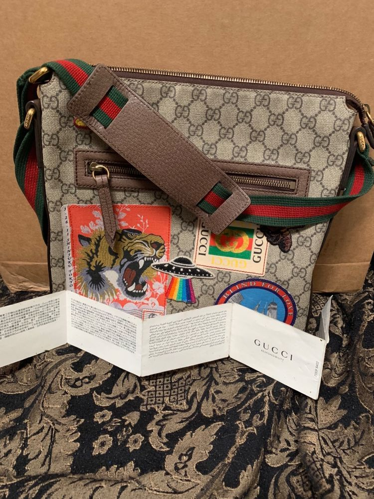 Gucci Courrier soft GG Supreme messenger Bag Come With Original Receipt   fashion  clothing   f1e663cc65ad1