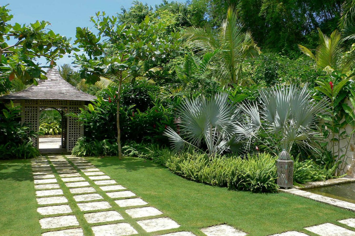 When designing a garden area of your yard a good place to for Plant garden design