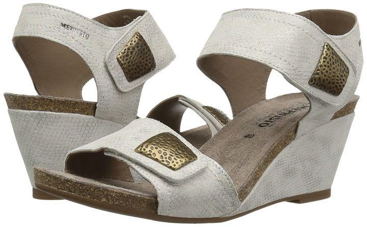 Anne Klein 'Cait' Sandal