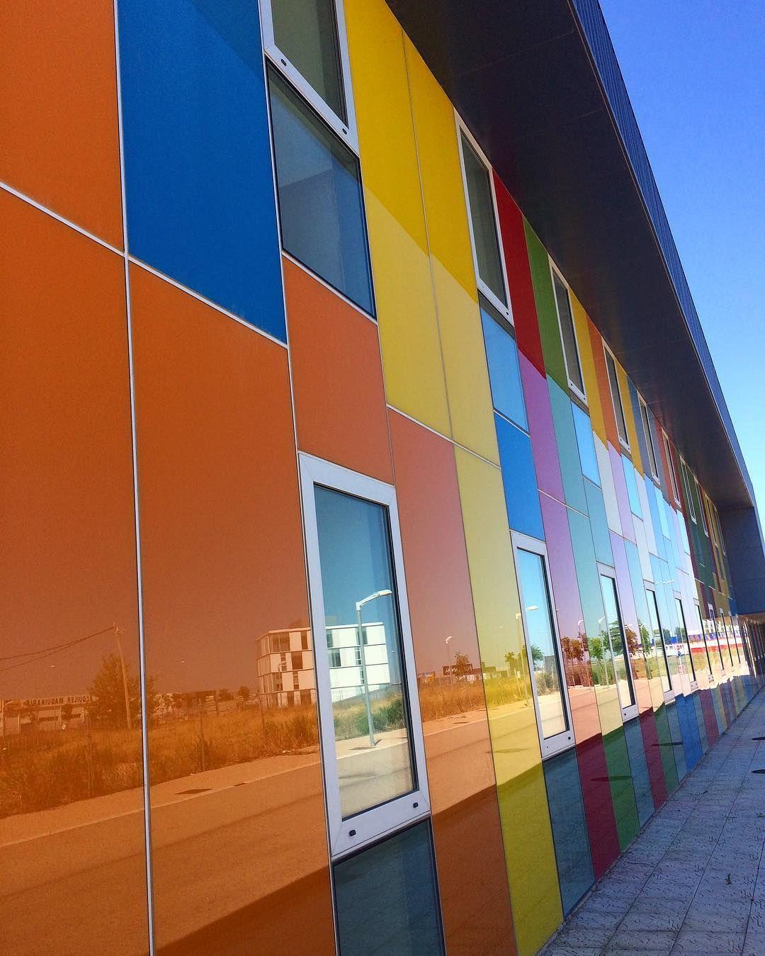 Viva Los Colores Guardería En Plaza Zaragoza Architecture Ok Streets Streetphotography Street Igersaragon Ige Street Photography Instagram Zaragoza