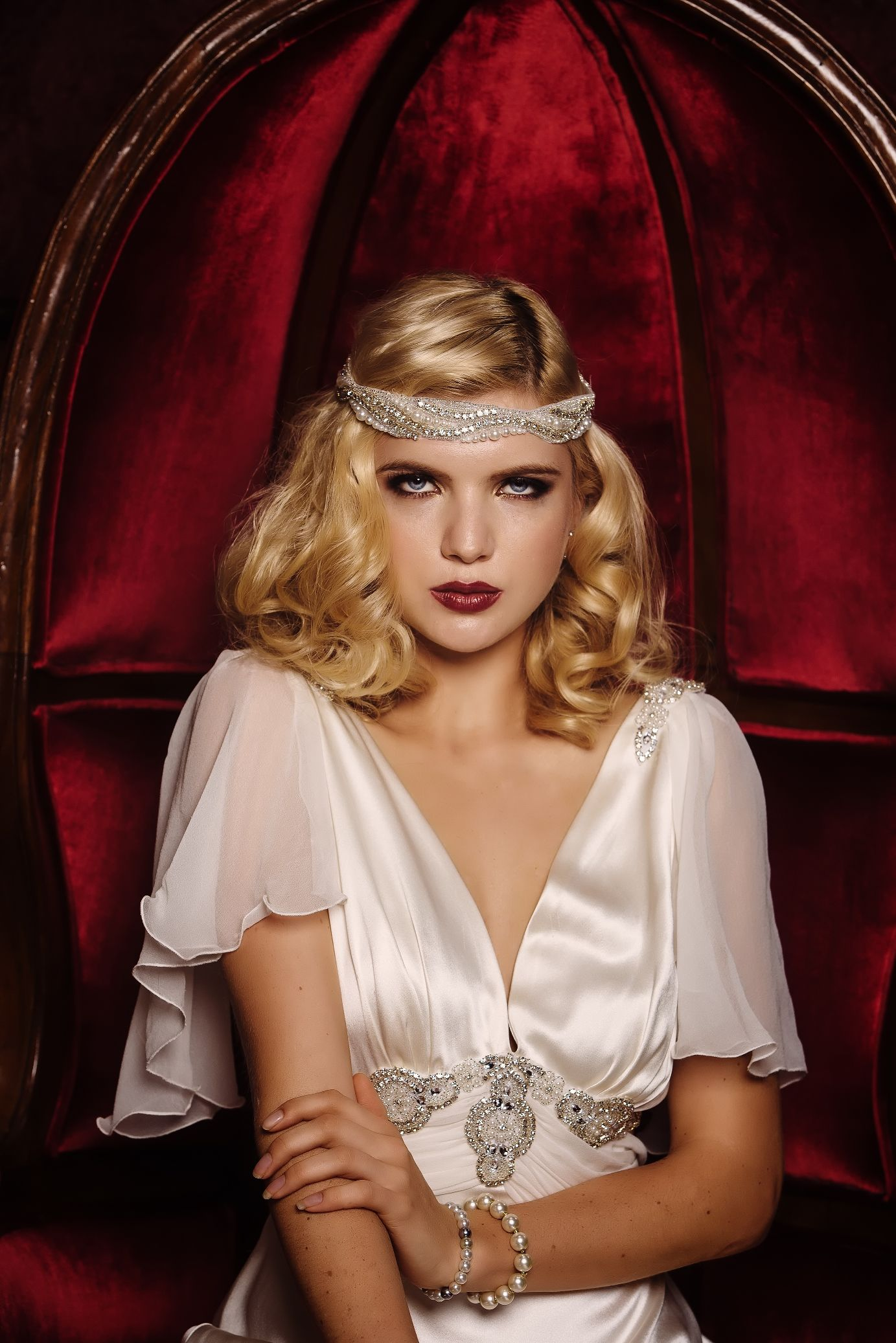 778881a3f6 Glamorous Old Hollywood Bridal Shoot with Cathleen Jia Wedding Dresses &  Accessories