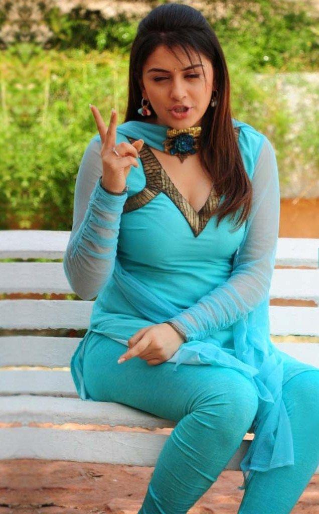 Beautiful Desi Girl Leaked Photo - Des!BP