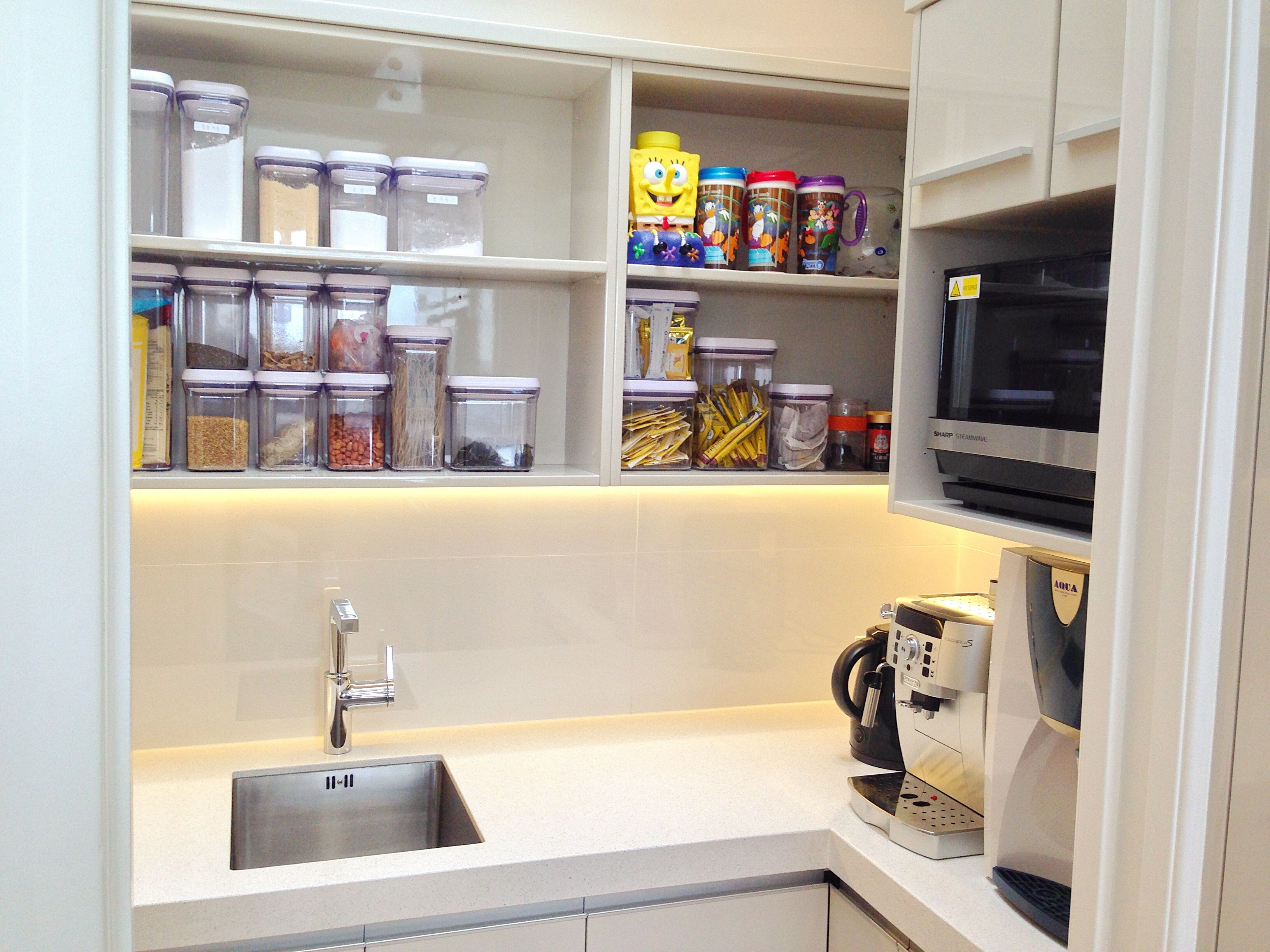 53674d6d8e26a779b5c61e840d101e90 Pantry Ideas Kitchen Amp Nook on kitchen pantry designs, kitchen pantry with small floor plans, kitchen slide out pantry shelves, kitchen with no pantry,