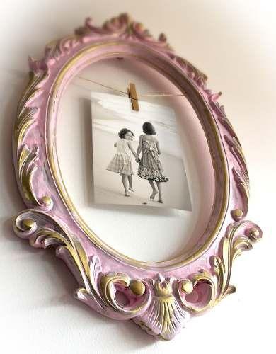 Marco vintage de pared con pinza para colgar una foto - Decoracion de paredes con fotos ...
