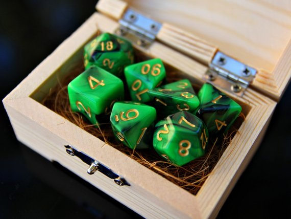 Dd Dice Set 7 Lucky You Green Black Clover Dnd Polyhedral Dice