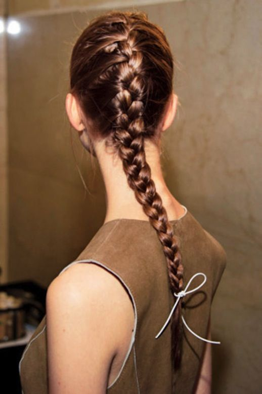 Tutorial The Side French Braid For Every Kinda Gal