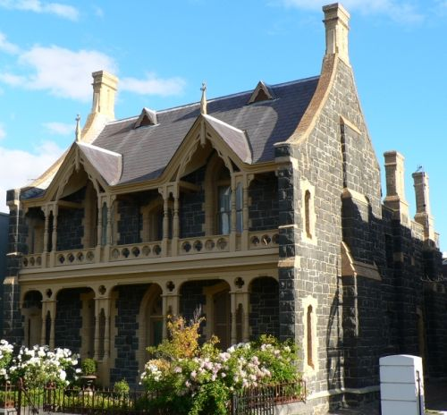 The old victorian house where miss lavender 39 s apartment is - Types of victorian homes ...