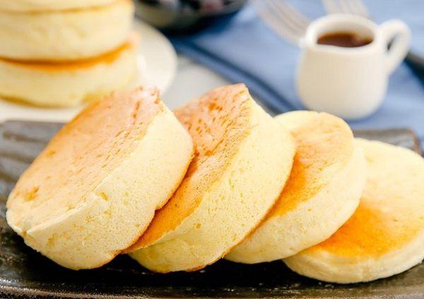 طريقة عمل بان كيك اسفنجي ياباني طريقة Recipe Pancakes Asian Desserts Souffle Pancakes