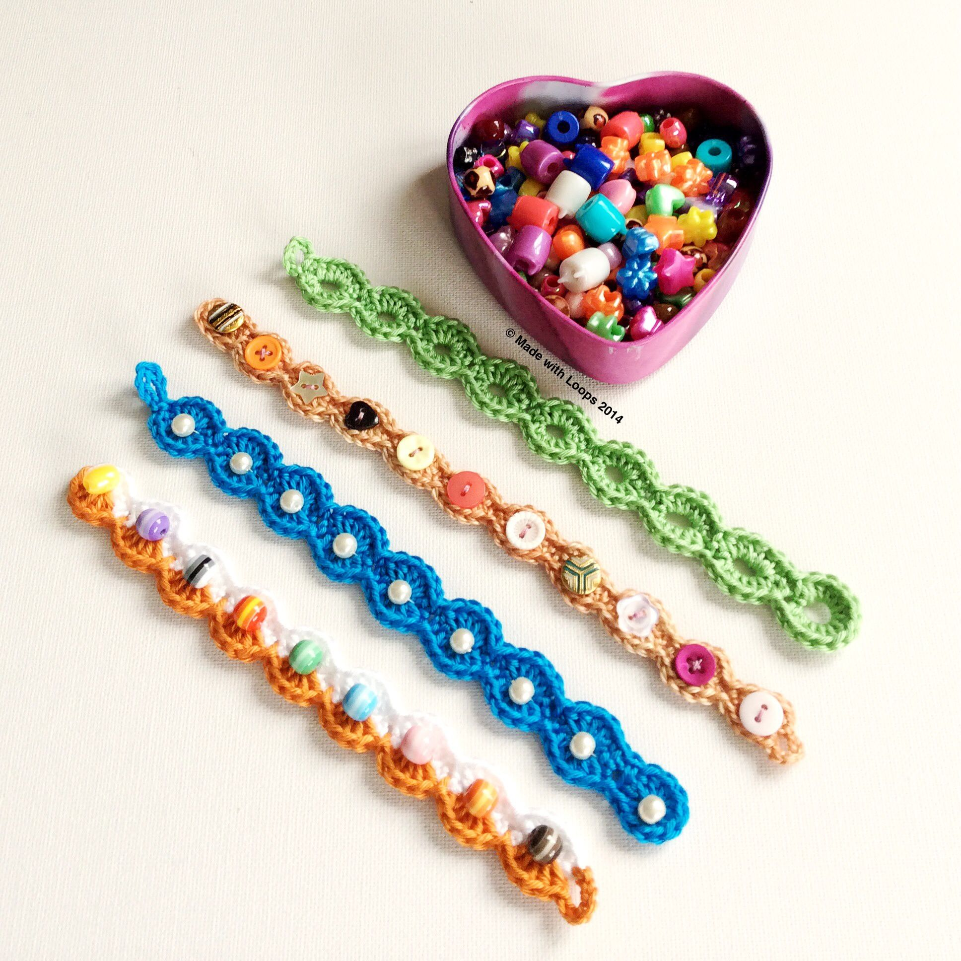 Wooly loops bracelets embellished with beads... Free pattern ...