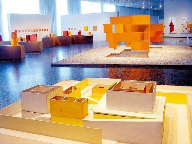 Vista geral da mostra de Hélio Oiticica no Museum of Fine Arts, em Houston, EUA (2007)