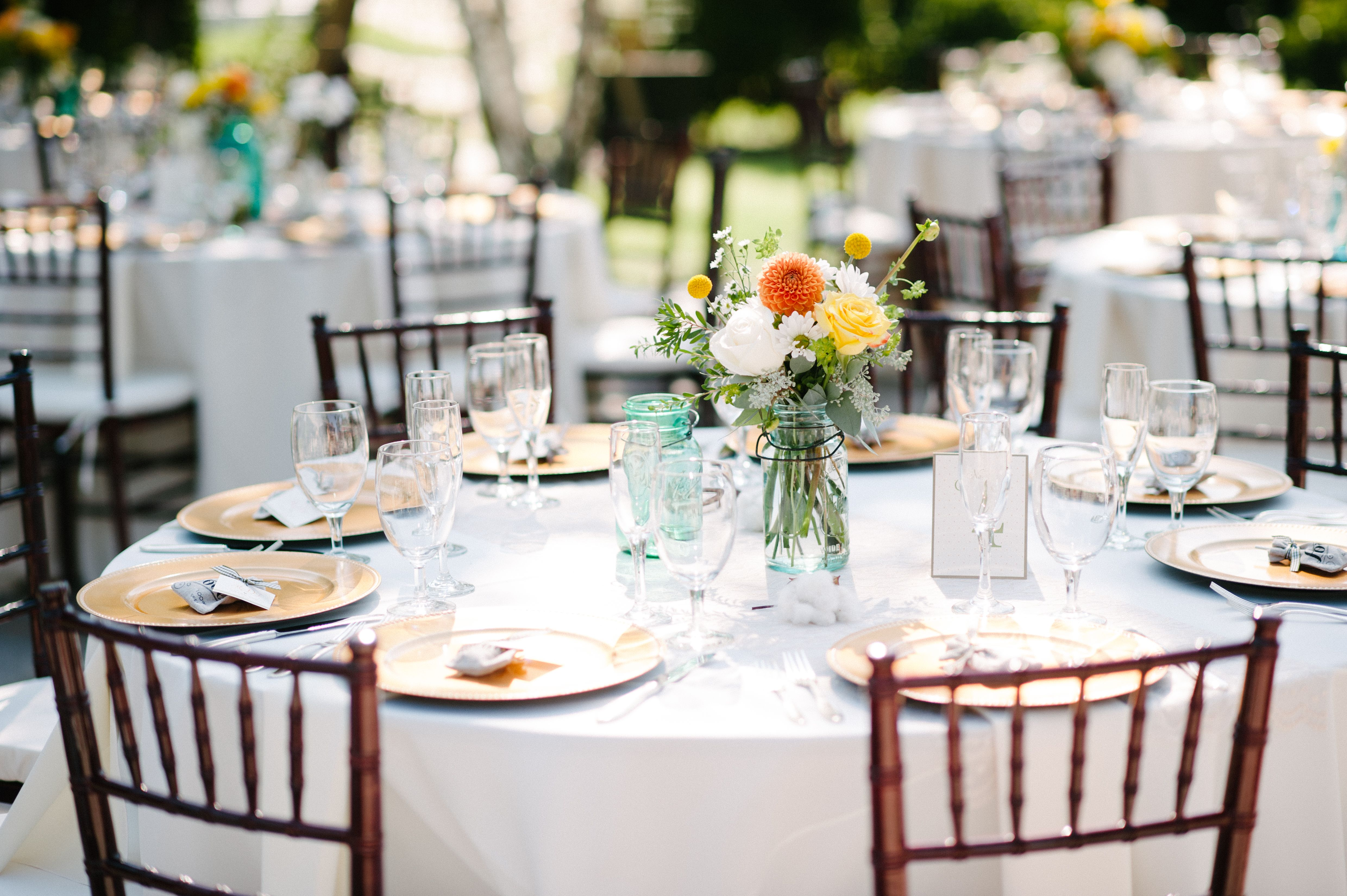 Lovely Country Wedding Table Centerpieces – Wedding
