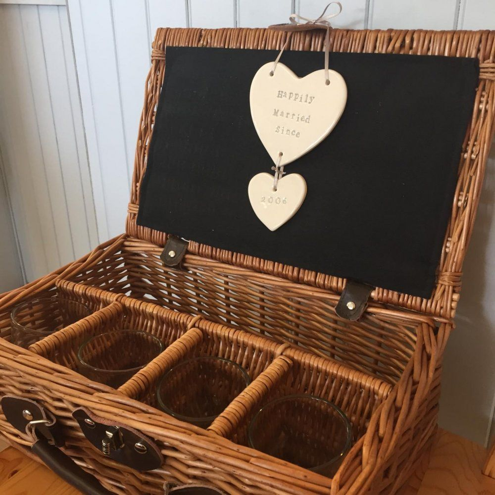 9th anniversary hearts with whiskey willow carrier 9th